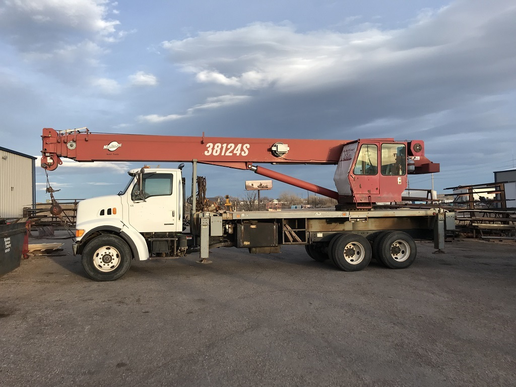 Boom Truck Cranes 1980 Ford Bucket 2003 Manitex 38124s 38 Ton On Sterling